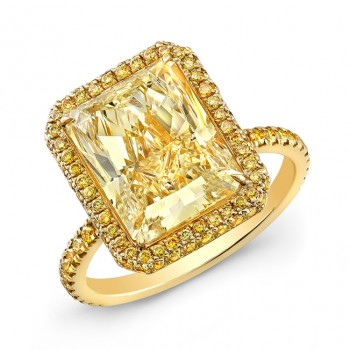 Radiant Cut Fancy Yellow Diamond